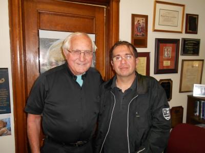 Obispo Gumbleton Apoya a Asotrecol - Bishop Gumbleton Supports Asotrecol