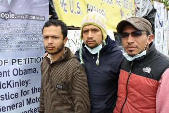 foto 3 - tres dos grevistas da Asotrecol